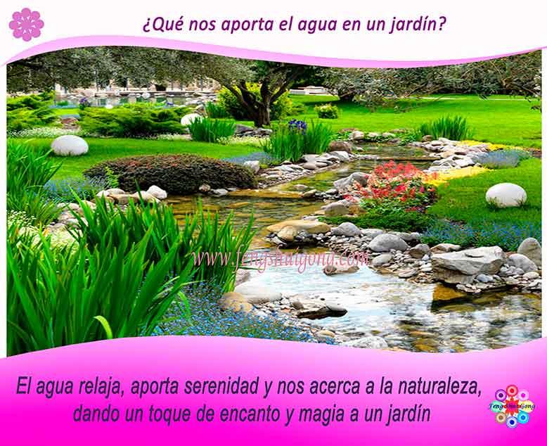 estanque de agua  en el jardín